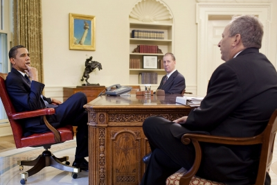from left: Barack Obama, Ron Bloom and Lawrence Summers