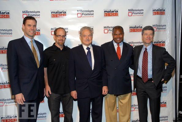 from left: John McCarthy, Bob Frank, George Soros, Norbert Simmons and Jeffrey Sachs at the 2nd Annual Millennium Promise and Malaria No More Benefit on May 15, 2008 in New York City